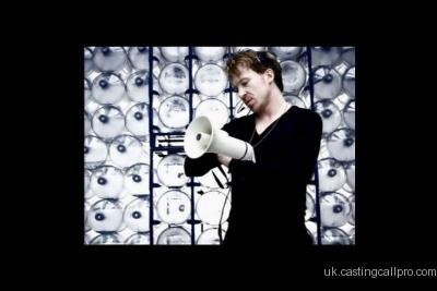 http://images.castcall.blue-compass.com.s3.amazonaws.com/portfolio/129/129089.jpg
