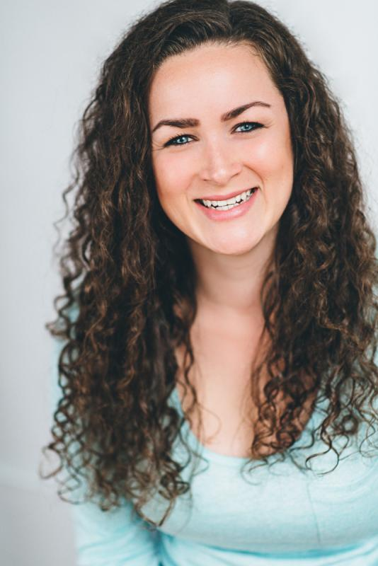 Carly Hall, Actor | Casting Call Pro Canada