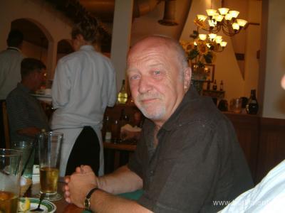 http://images.castcall.blue-compass.com.s3.amazonaws.com/portfolio/258/258065.jpg