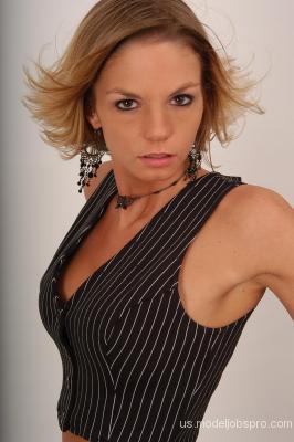 http://images.castcall.blue-compass.com.s3.amazonaws.com/portfolio/65/65528.jpg